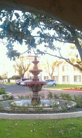 Ramada Mesa Phoenix East Area: courtyard