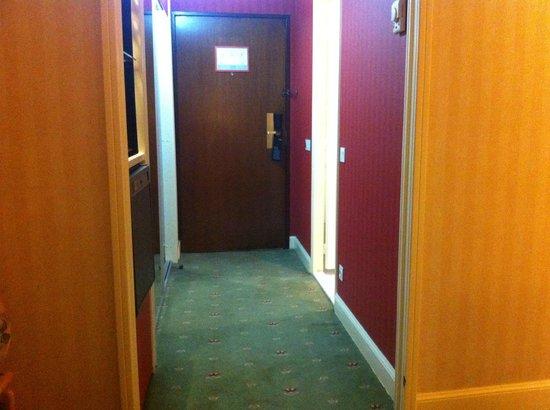 Le Meridien Heliopolis: Couloir+ Sortie de secours