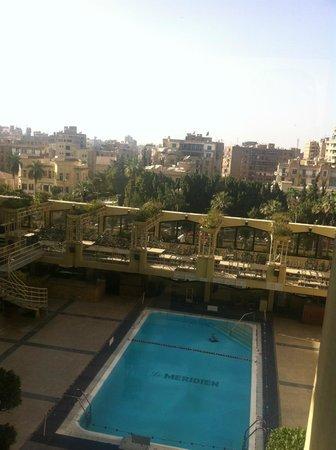 Le Meridien Heliopolis : Vue sur la piscine