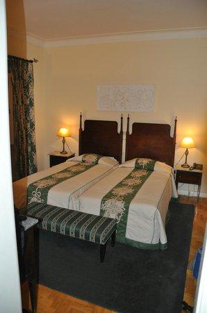 O Hotel Astoria: Habitación