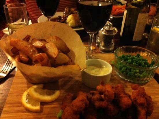 The Farmyard Inn: The best posh scampi and chips!