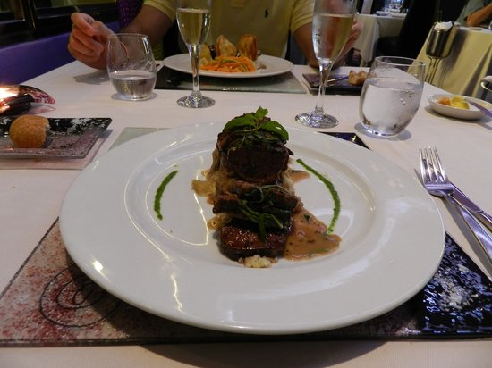 Hotel Riu Palace Bavaro: Krystal restaurant