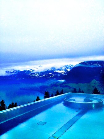 Ennetbuergen, Switzerland: Pool