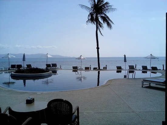 Buri Beach Resort: from the pool