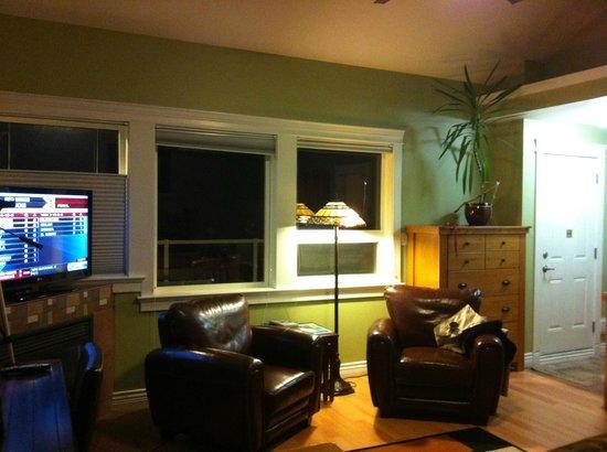 Birds of a Feather Ocean Lagoon Bed & Breakfast & Vacation Rental : Cozy room