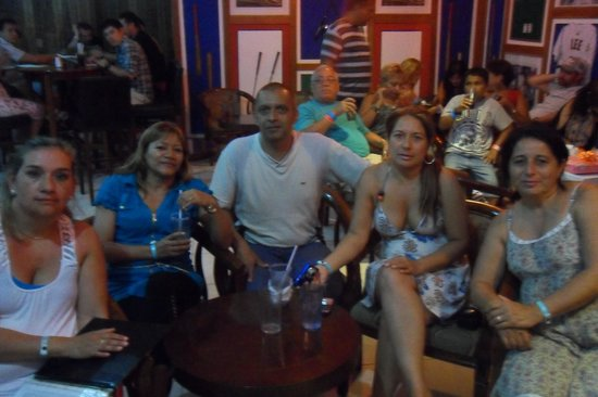 Hotel Playa Blanca Beach Resort: en el karaoke