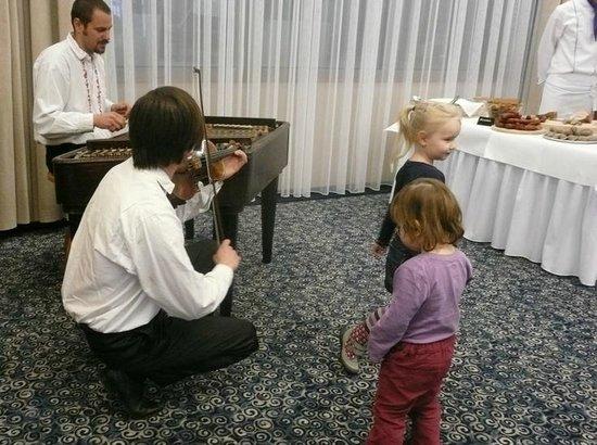 Hotel Alexandria: Children under 12 celebrates - but not in wellness