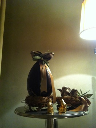 Villa Sassolini Luxury Boutique Hotel: Easter decoration