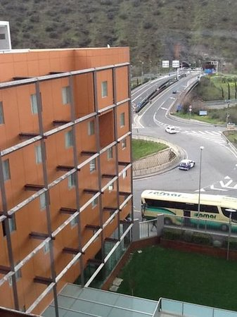Hotel Macia Real de la Alhambra: hotel by a roundabout