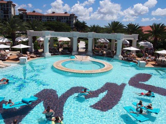 Sandals Grande Antigua Resort & Spa: Med pool