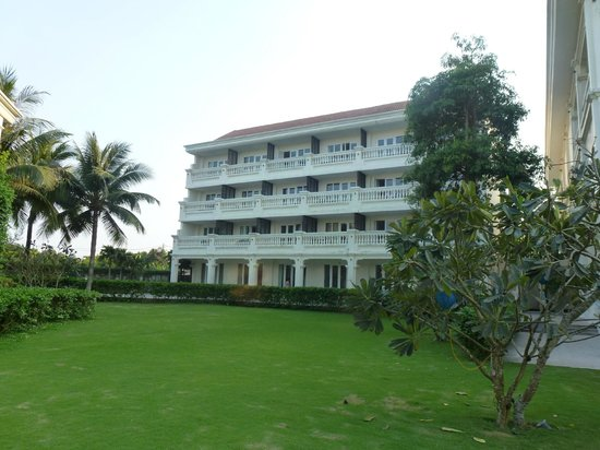 Hotel picture of boutique hoi an resort hoi an for Best boutique hotels hoi an