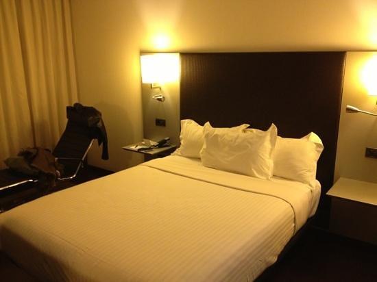 AC Hotel Porto: habitación