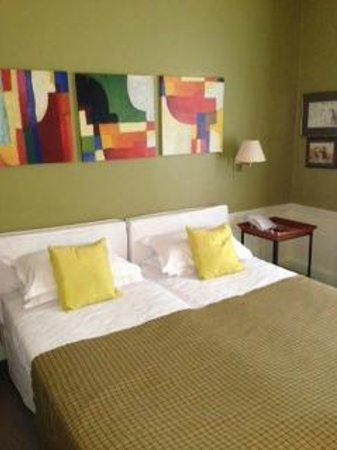 Hotel Sainte Beuve: Beds