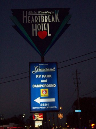 Elvis Presley's Heartbreak Hotel: Sign outside