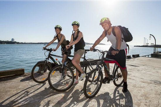 Adventure Capital - Day Tours: Self guided bike tours of Auckland are a great way to see the sights