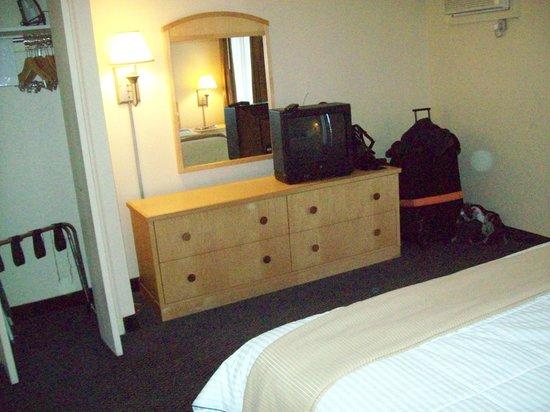Elvis Presley's Heartbreak Hotel: Bedroom