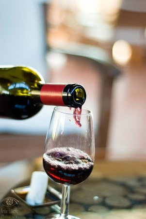 Monte Vibiano Vecchio, Italien: Wine tasting