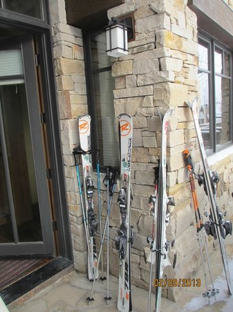 Arrowleaf At Empire Pass: stack skis right outside our door
