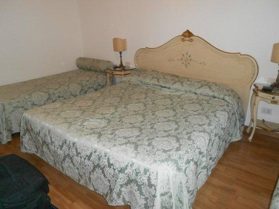 Alloggi Santa Sofia: letto