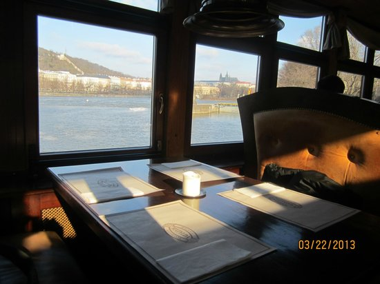 Botel Matylda: Breakfast view