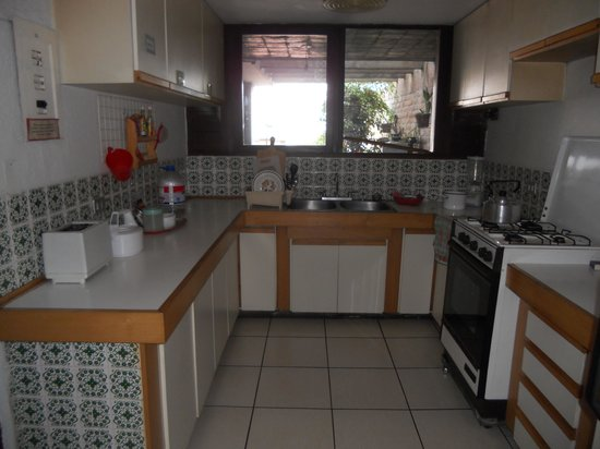 Hostal Casapaxi: kitchen