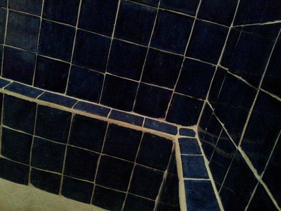 Pehaltun Villas: sarro y jabón en las paredes del baño, fuchi!!!