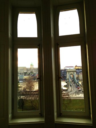 Four Seasons Hotel Gresham Palace: View from our room