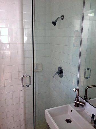 SUPER Water Saver Shower Head SUPER Low Water Pressure = A Shower Beauteous Low Water Pressure In Bathroom