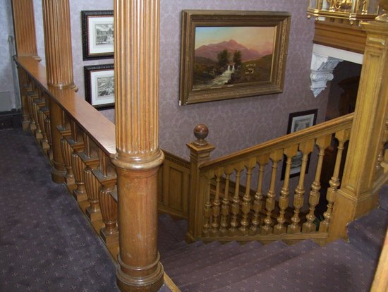 Norton House Hotel & Spa Edinburgh: view going upstairs