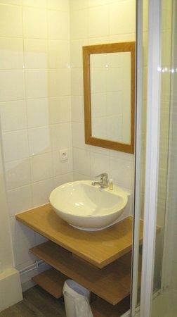 Pierre & Vacances Residence Plagne Lauze: Shower Room