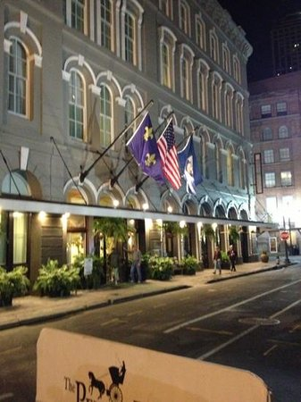 The Pelham at night...short walk from Harrah's!