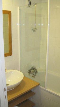 Pierre & Vacances Residence Plagne Lauze: Bathroom