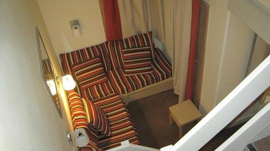 Pierre & Vacances Residence Plagne Lauze: Sitting area/Sofa beds