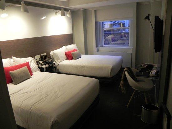 Paramount Hotel Times Square New York Habitación Bastante Amplia Para Dos Personas