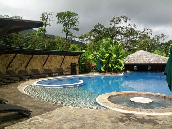 Rio Celeste Hideaway Hotel: Rio Celeste Pool and Hot Tubs