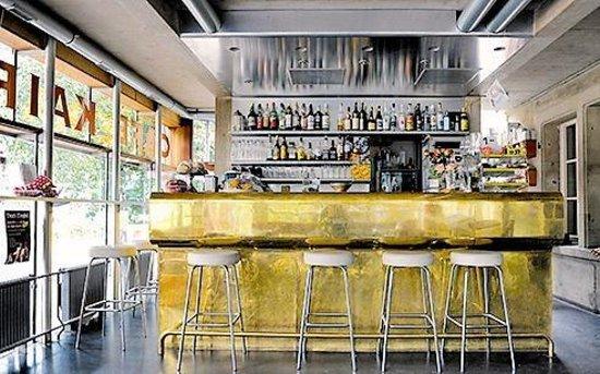 Cafe Bar Restaurant Kairo Bern