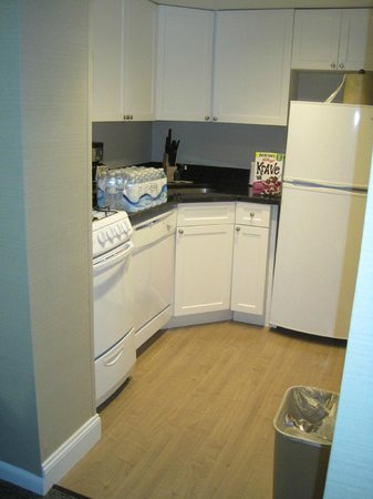 The Windsor Suites: The kitchen!