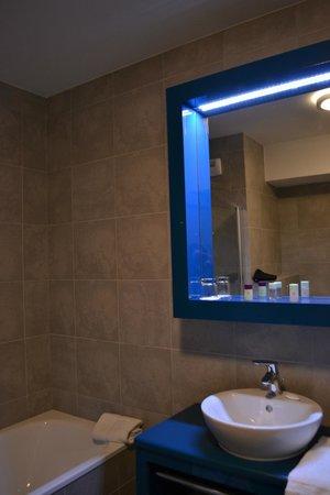 Appart'City Confort Lyon Cite Internationale: bathroom