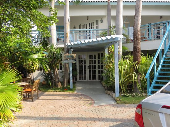Boardwalk Hotel Aruba: reception/registration