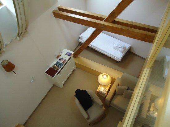 Ventana Hotel Prague: Salón desde arriba