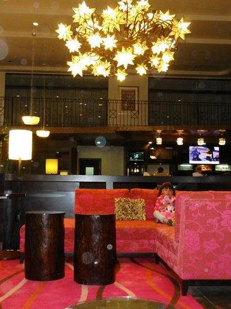 Courtyard Toluca Airport: Lobby