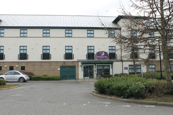Premier Inn Edinburgh (South Queensferry) Hotel: View from outside
