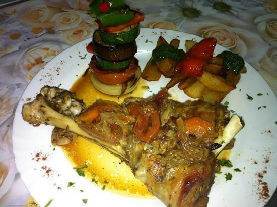 Cafe 2012 RX Lounge: lamb shoulder , veg, potato