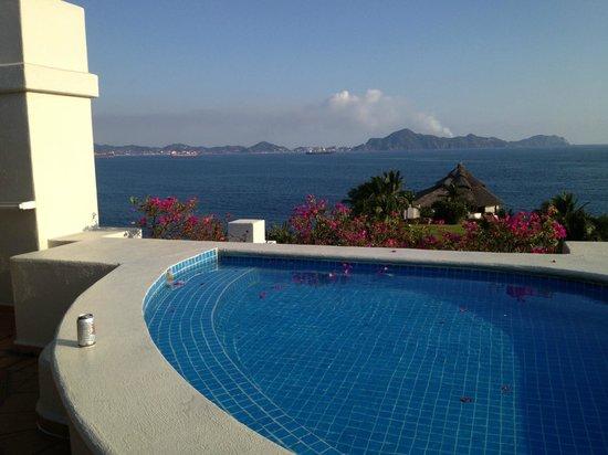 Barcelo Karmina: plunge pool on balcony