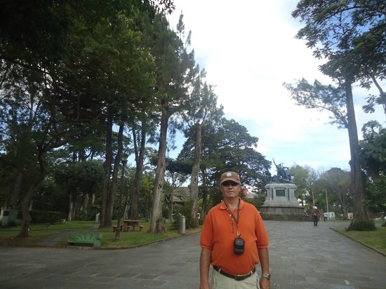 National Park (Parque Nacional): Parque muy arbolado