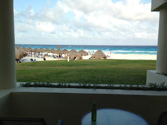 Iberostar Cancun: stunning view from our porch