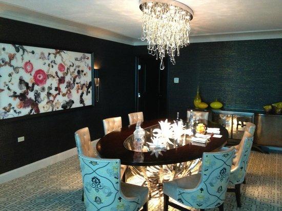 Four Seasons Hotel Las Vegas: Dining Room Area - Presidential Suite