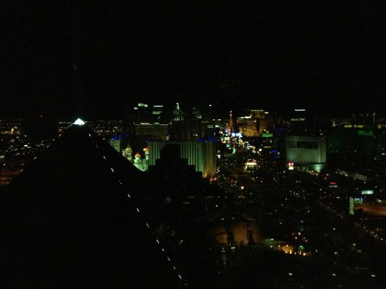Four Seasons Hotel Las Vegas: Night View of LV Blvd From Presidential Suite