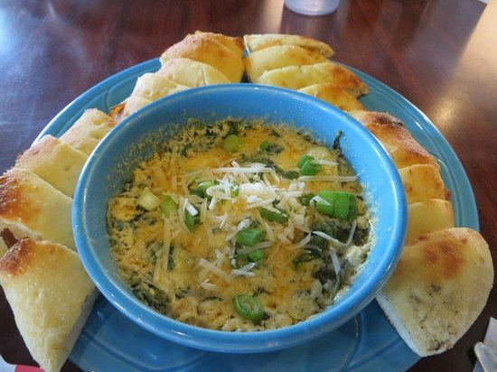 Flying Monkey : spinach and artichoke dip