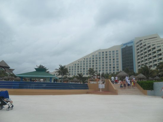 Iberostar Cancun: pool